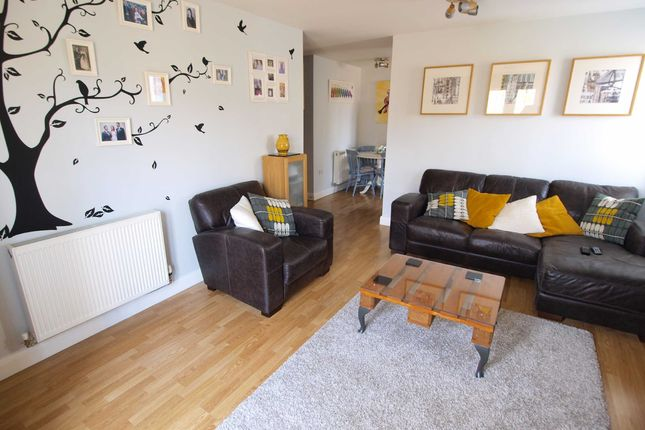 Thumbnail Flat to rent in Manchester Road, Haslingden, Rossendale