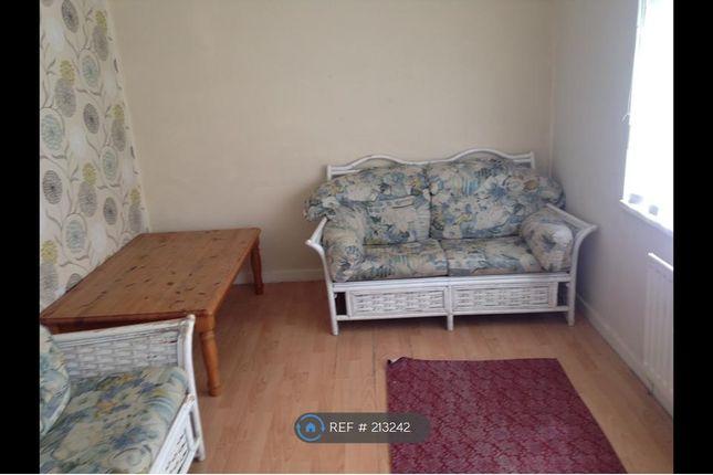 Thumbnail Flat to rent in Kirkley Close, Newcastle