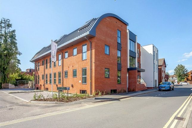 Thumbnail Flat for sale in St Mary's Road, Newbury, Berkshire