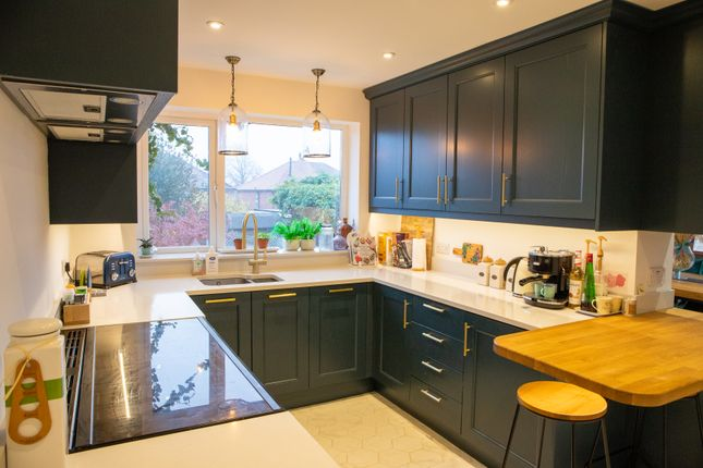 Thumbnail Detached house for sale in Sandcliffe Road, Wheatley Hills, Doncaster