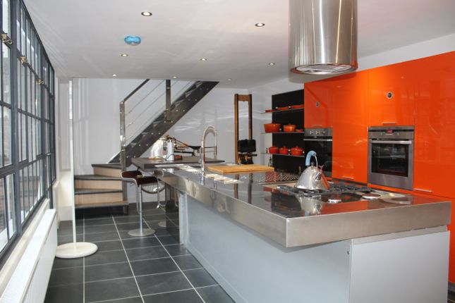 Thumbnail Town house to rent in Mary Street, Birmingham