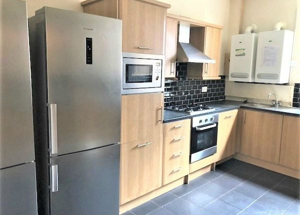 Thumbnail Terraced house to rent in Regent Park Terrace, Leeds, West Yorkshire