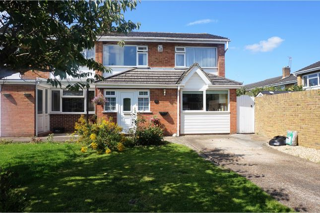Thumbnail Semi-detached house for sale in Barton Drive, Hedge End