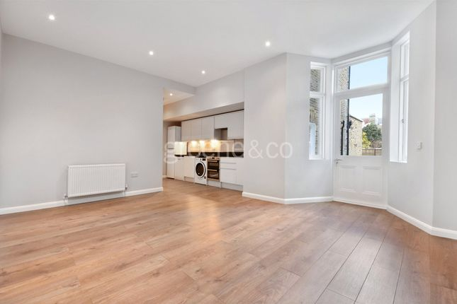 Thumbnail Flat to rent in Brondesbury Road, Queens Park, London