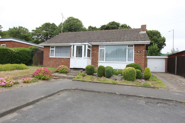Thumbnail Bungalow for sale in Vicarage Lane, Sholden