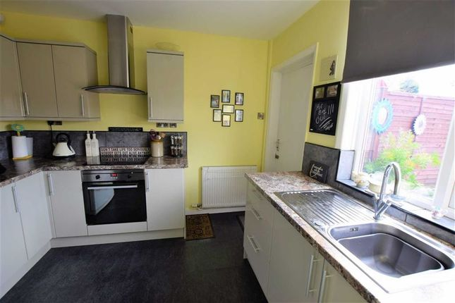 2 bed property for sale in George Street, Gainsborough