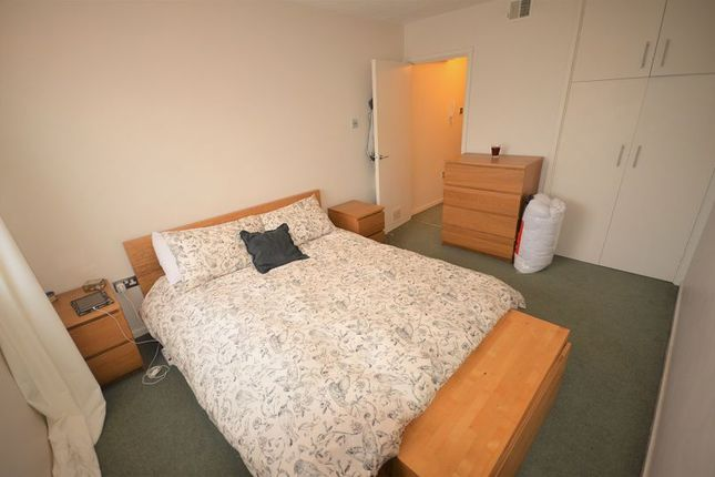 Thumbnail Flat to rent in Lankton Close, Beckenham