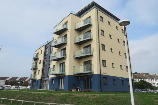 Thumbnail Flat to rent in West Quay, Newhaven