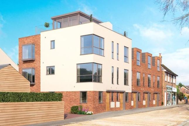Thumbnail End terrace house for sale in Findon Road, Findon Valley, West Sussex