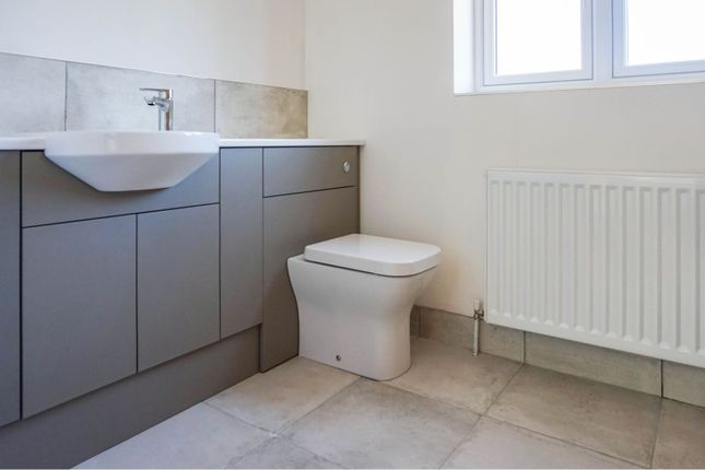 Bathroom of Main Street, Fulstow, Louth LN11