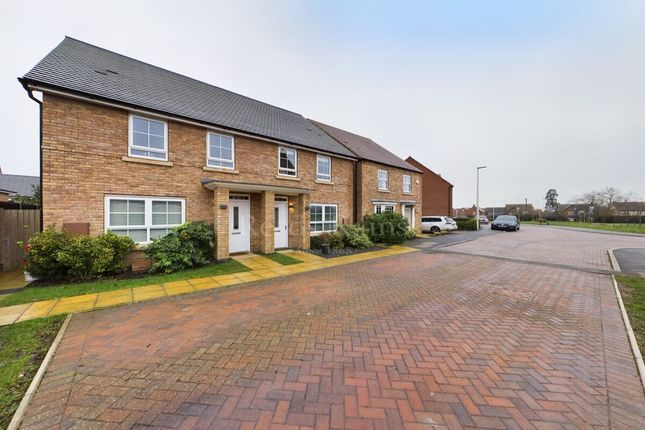 Thumbnail Semi-detached house for sale in Swallow Drive, Warwick