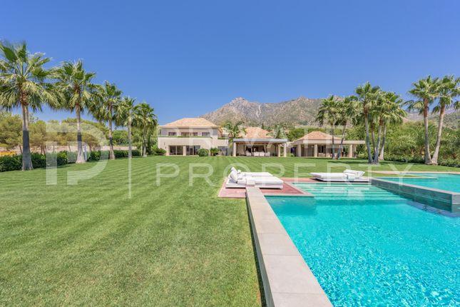 Thumbnail Villa for sale in Sierra Blanca, Marbella Golden Mile, Marbella