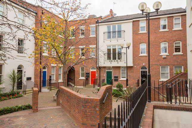 Thumbnail Flat for sale in Lower Bridge Street, Chester
