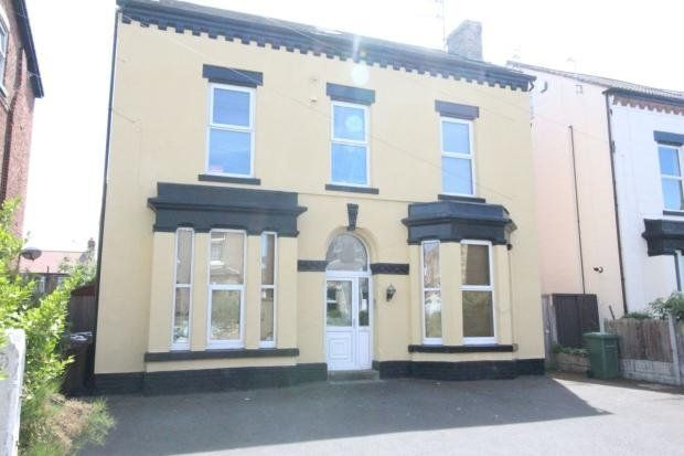 Thumbnail Flat to rent in Rossett Road, Crosby, Liverpool