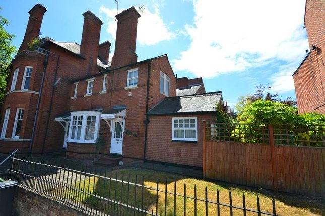 Thumbnail Town house for sale in Alexandra Road, Leicester