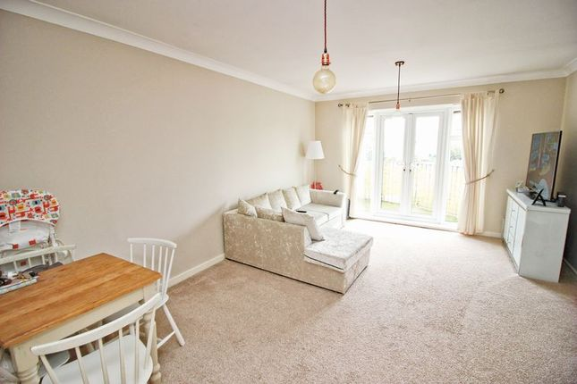 Thumbnail Flat for sale in The Lakes, Larkfield, Aylesford