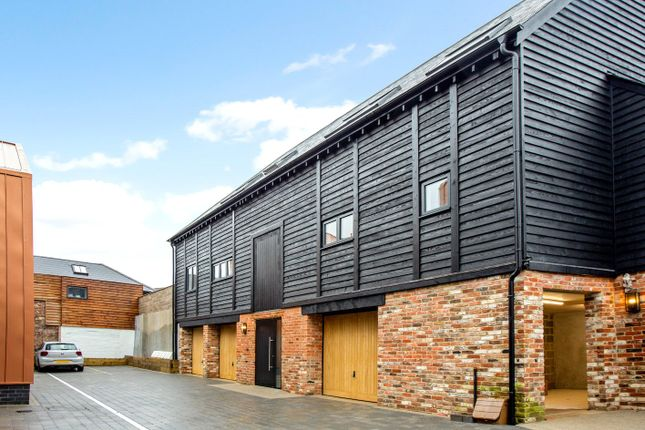 Thumbnail Mews house for sale in The Old Brewery, 22 Pennyfarthing Street, Salisbury, Wiltshire
