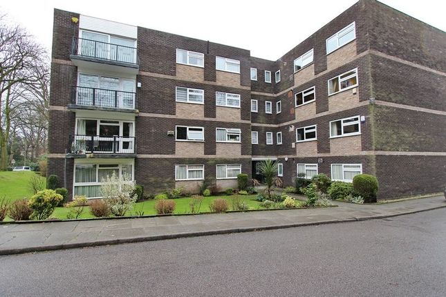 3 Bed Flat For Sale In Ingledene Court Upper Park Road Salford 7