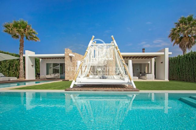 Thumbnail Chalet for sale in Cala Conta, Ibiza, Spain