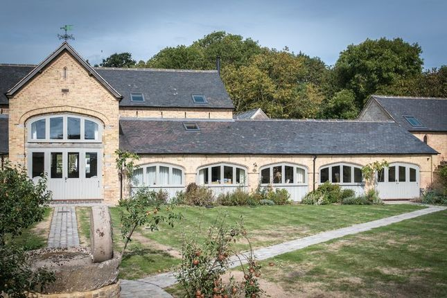 Thumbnail Barn conversion for sale in Gaydon Farm Barns, Kineton Road, Gaydon, Warwick