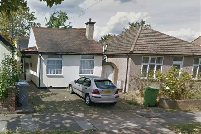 Thumbnail Detached bungalow to rent in Rugby Avenue, Wembley, Greater London