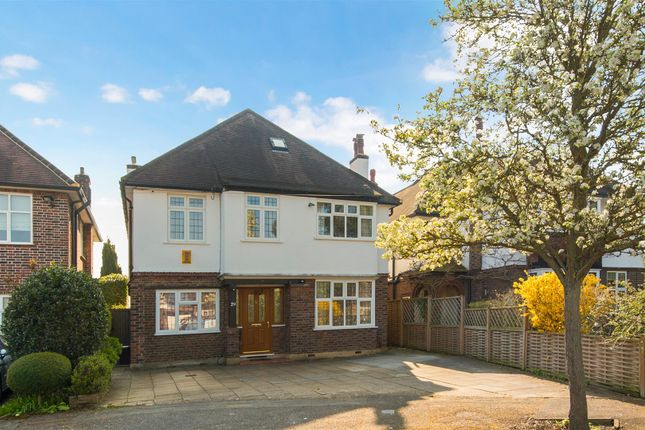 Coombe Gardens, West Wimbledon SW20