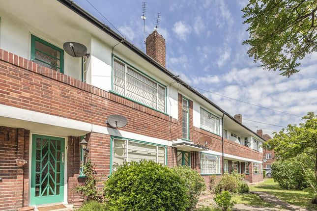 Thumbnail Flat to rent in Ossulton Way, East Finchley