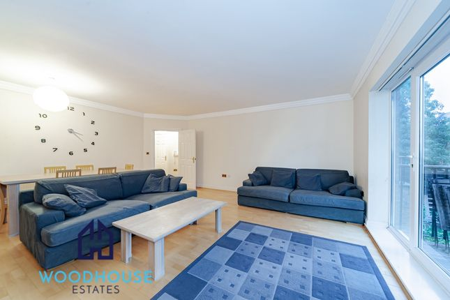 Flat for sale in Hoptree Close, Woodside Park
