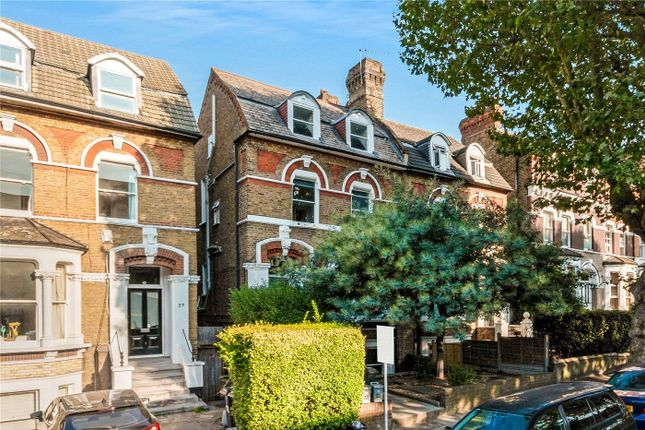 2 bed flat for sale in Pepys Road, New Cross SE14