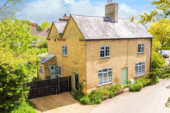 Thumbnail Detached house for sale in Grove End, Hilton, Huntingdon