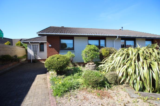 Thumbnail Semi-detached bungalow to rent in Juniper Place, Portlethen Aberdeen