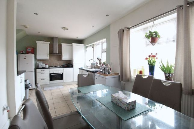 Thumbnail Terraced house for sale in Leagrave High Street, Leagrave, Luton