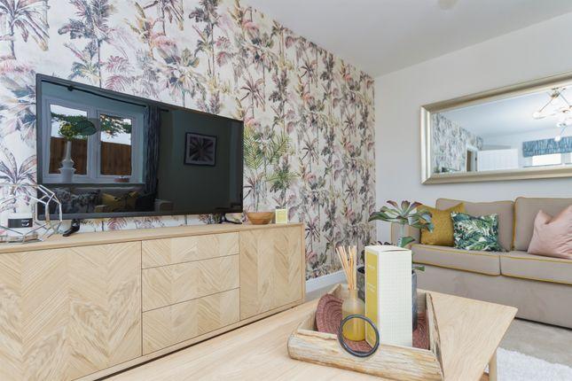 2 bed flat for sale in Brick Kiln Road, Raunds, Wellingborough NN9
