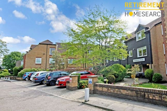 Thumbnail Flat for sale in Homehurst House, Brentwood