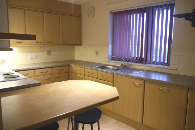 Thumbnail Flat to rent in Brown Street, Broughty Ferry, Dundee