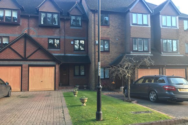 Town house to rent in Evening Glade, Ferndown