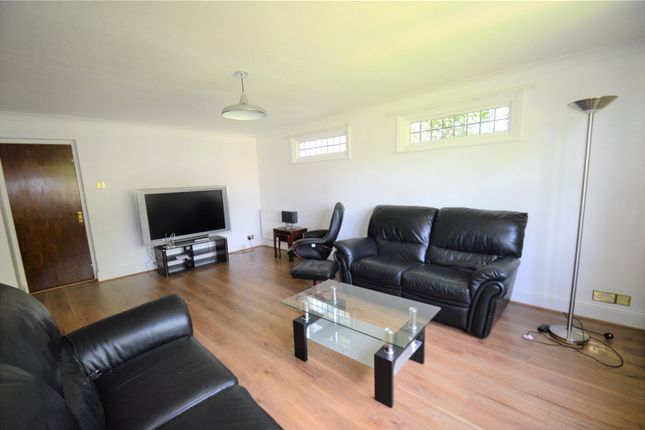 Thumbnail Detached house to rent in Selcroft Road, Purley
