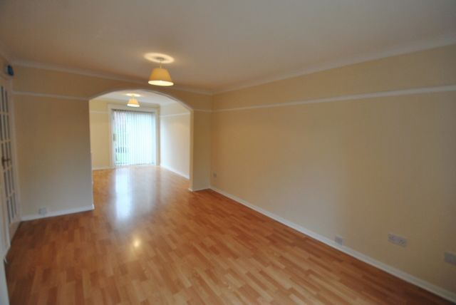Thumbnail Terraced house to rent in Upper Bourtree Court, Burnside, Rutherglen, Glasgow, Lanarkshire