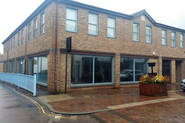 Thumbnail Retail premises to let in Hitchin Street, Biggleswade
