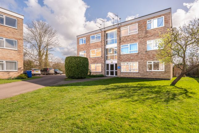 Thumbnail Flat for sale in Kingston Court, Beccles