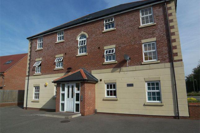Thumbnail Flat to rent in Harrow Road, Fleet