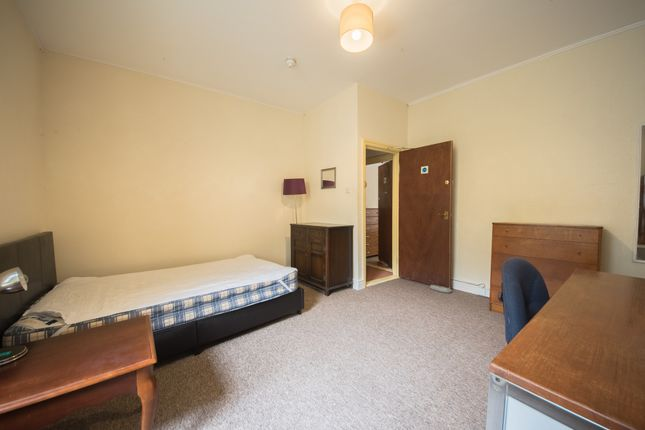 Bedroom of Cliff Terrace, Aberystwyth SY23