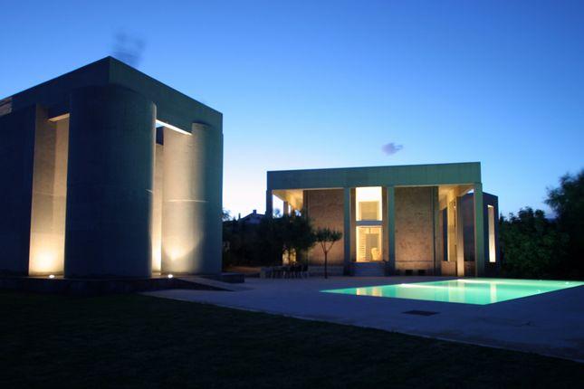 5 bed villa for sale in Villa In Varkiza, Varkiza, Greece