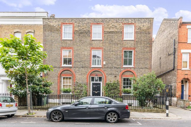 Thumbnail Property for sale in Vauxhall Grove, Vauxhall