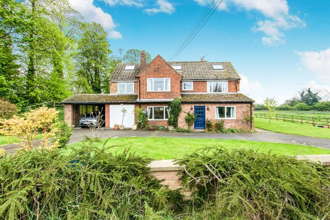 Thumbnail Equestrian property for sale in Colsterworth Road, Stainby, Grantham