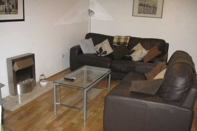 2 bed flat to rent in Liberty Place, 10 Madison Square, Liverpool