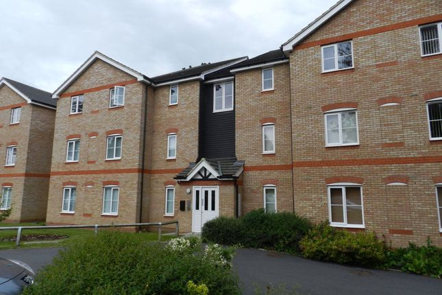 Thumbnail Flat to rent in Daneholme Close, Daventry