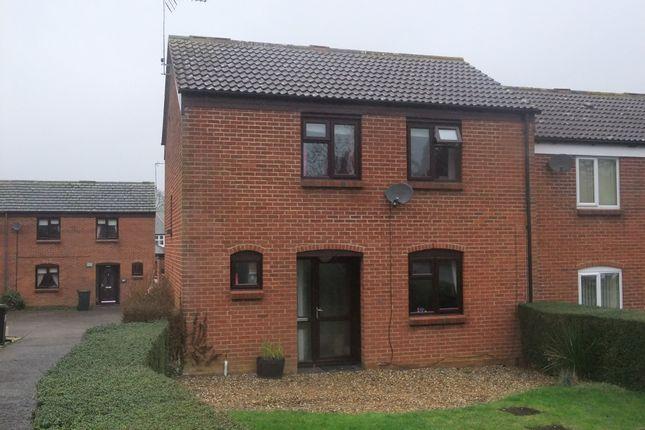 3 bed semi-detached house to rent in Highlands Close, Needham Market, Ipswich IP6