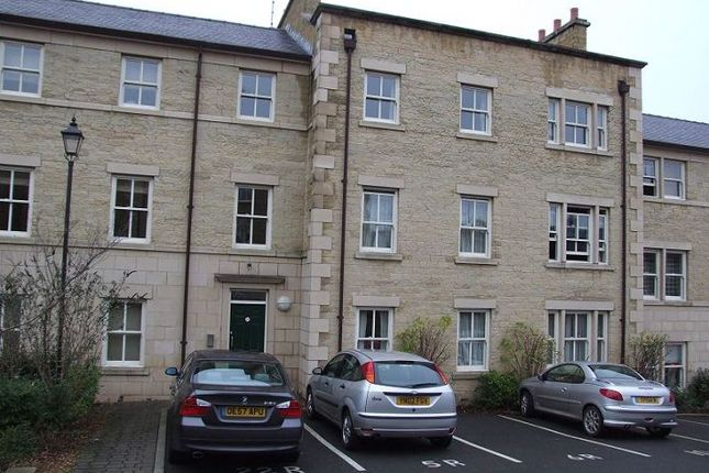 Thumbnail Flat to rent in Royal Court, Henry Street, Lancaster