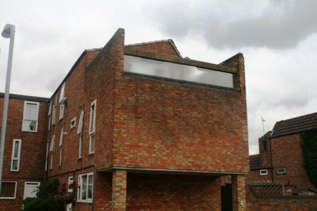 Ward Close, Laindon, Basildon SS15